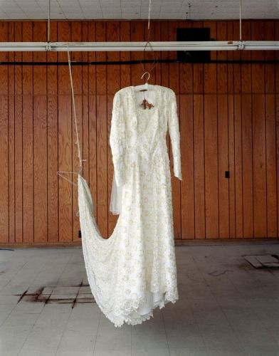 Image result for alec soth niagara wedding dress