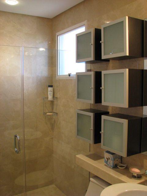 Muebles de diseño, acabado laminado decorativo wengue, puertas en ...