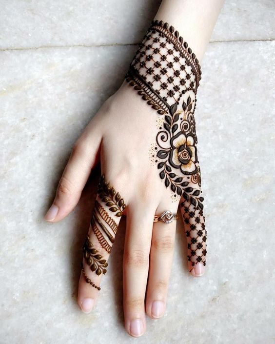 1 Roses And Checkers Back Hand Henna Engagement Mehndi Designs