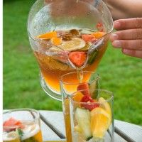 Pimms and Lemonade cocktail