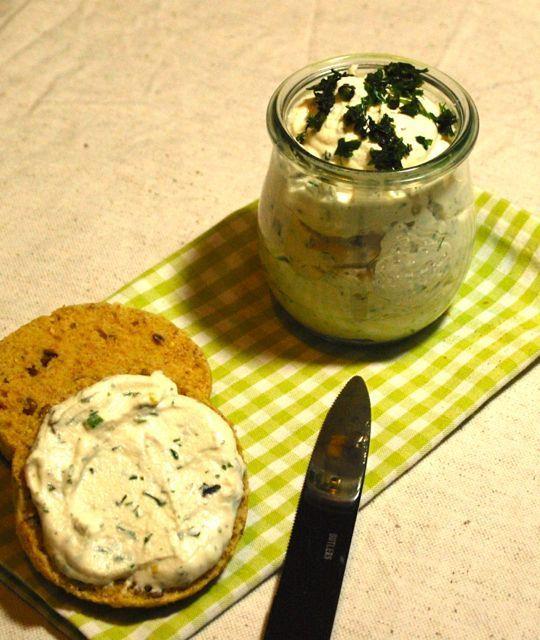 Cremiger Mandelfrischkäse (ohne Soja) | Vegan & Lecker