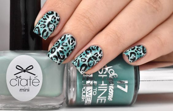 Marine Loves Polish: Green leopard