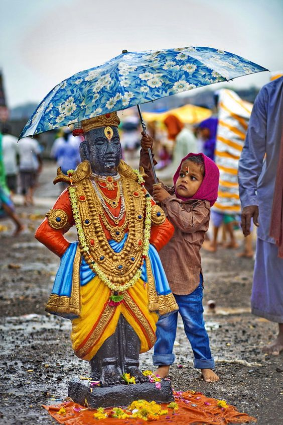 Watching over Vitthal, Pandharpur - India: