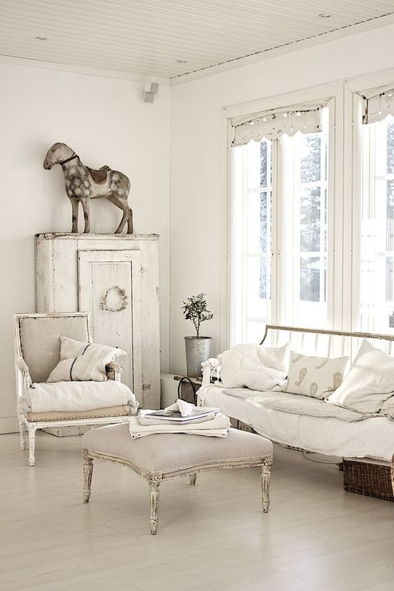 interior design sweden - Living oom Whitewashed chippy shabby chic french country rustic ...