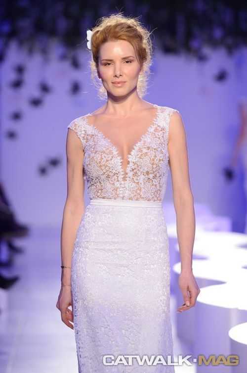 The silkworms were turned into butterflies for STYLIANOS Atelier's catwalk... The upshot was a de facto spectacularity. We had all stayed dumbfounded by the unique flying of those wonderful figments. FW 2015 Bridal Fashion Week Athens http://www.catwalkmag.com/gr/en/events/athens-bridal-fw-2015/804/