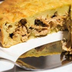 Torta de frango com batatas e maionese