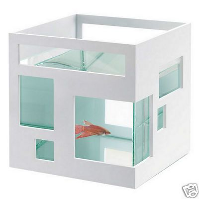 New Umbra Design FishHotel Aquarium Stylish Betta Beta Gold Fish Bowl Hotel  Tank