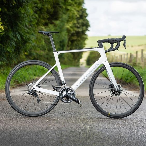 Orbea Joins The Dropped Stay Mainstream With New Disc Only Orca Omx Orbea Road Bike Cycling Wooden Bike