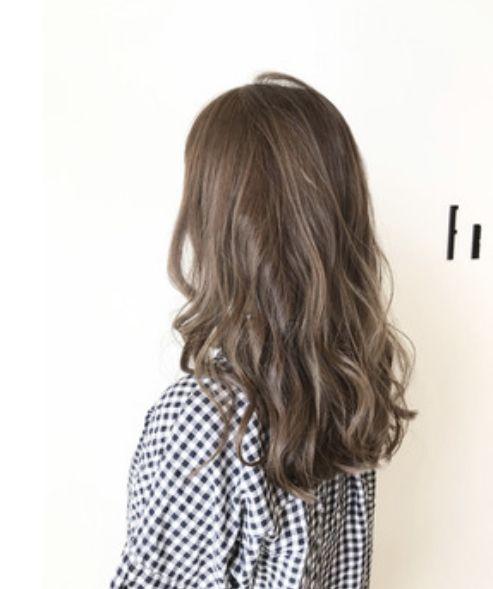 2019春夏 トレンド髪色は透明感のあるベージュカラーが 髪 色