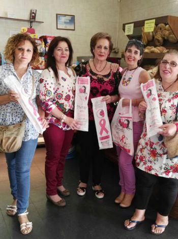 """""""Santa Agueda"""" reparte en Puertollano 70.000 bolsas de pan para concienciar contra el cáncer de mama   Diario La Comarca de Puertollano"""