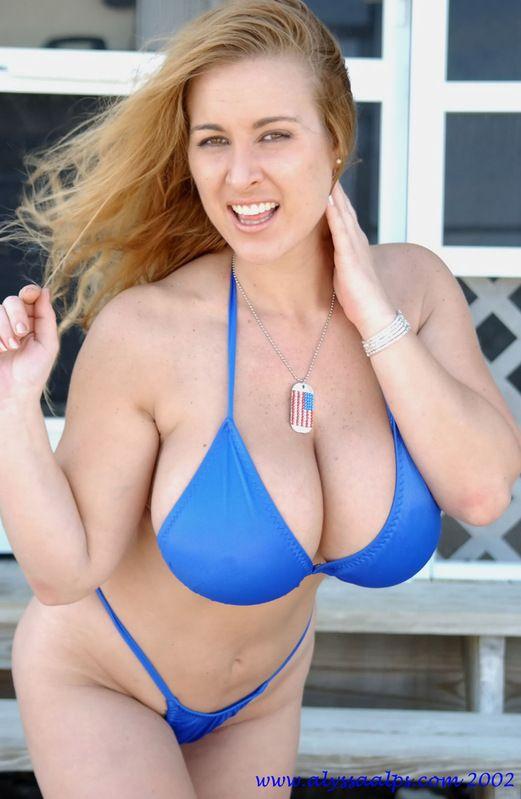 Blue boobs pics — 8