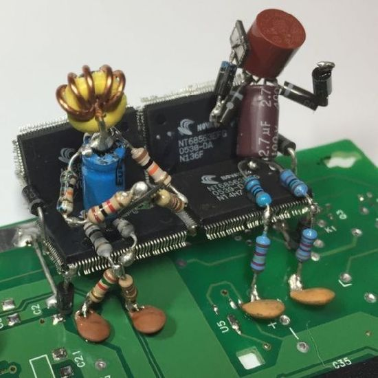 Hot Item Electronic Customized Pcb Circuits Board Art In 2020 Electronic Art Junk Art Waste Art