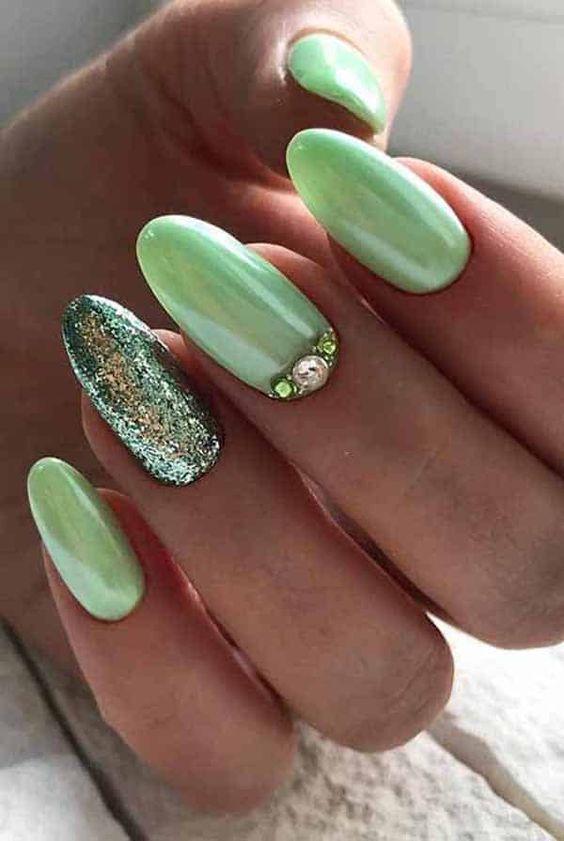2019 Classy and Beautiful Summer Nail Art Designs