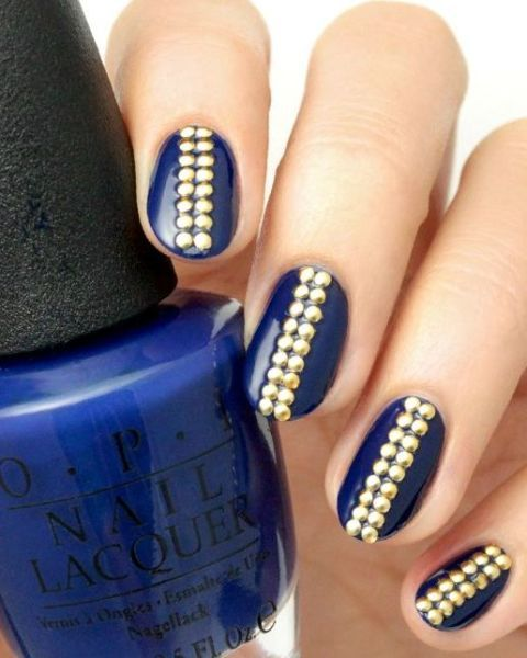 If your style is one part elegant and two parts edgy, this cool jewelry-inspired manicure is perfect for you.