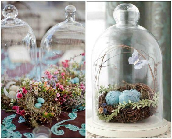 cloches en verre, nids oiseaux en brindilles et oeufs turquoise pour ...