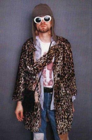 Kurt Cobain foi o principal ícone do movimento grunge. Fotos: The Mode-Bia e About Fashion