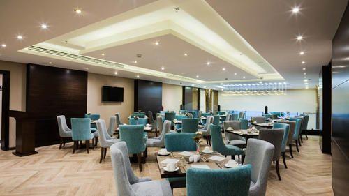 أفضل 10 من مطاعم الدمام المميزة 2020 Hotel Dammam Home Decor