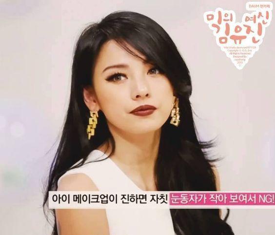 Hyori Lee                                                       …