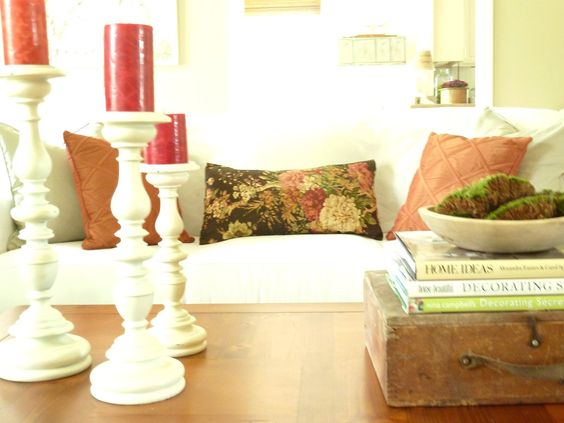 Kate's Place: Made More Pillows And A Vignette