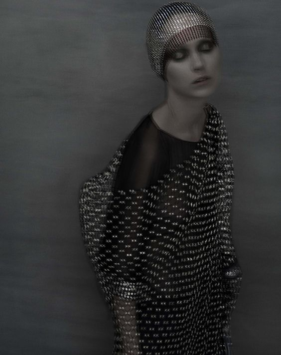 Variations couture par Sarah Moon