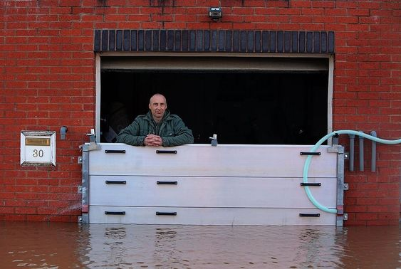 Flood Barriers Uk Designed Supplied And Installed Flood Barrier Flood Protection Flood Insurance