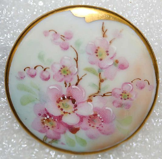 1900s hand-painted porcelain button.
