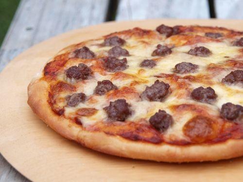 CheeseburgerPizza