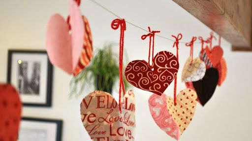 easy heart garland - either paper or fabric