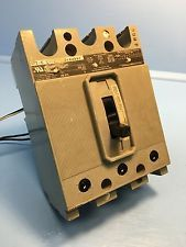ITE Siemens HE3-A003 3A Circuit Breaker 600V HE ETI HE3A003 Gould 3 Amp. See more pictures details at http://ift.tt/1Vzelys
