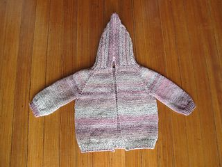 Hooded Baby Sweater with Zipper up the back, free pattern. Knitting for bab...