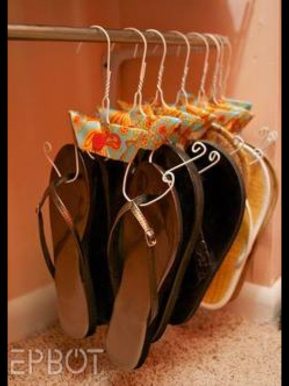 Amazing idea for all of my flip flops!