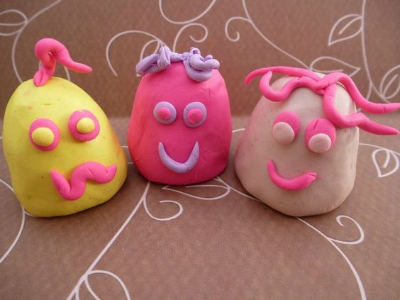 Monster finger puppets - Top puppet making ideas for kids