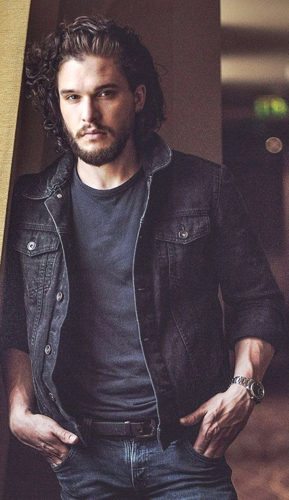 Kit Harington...another perfect pic!