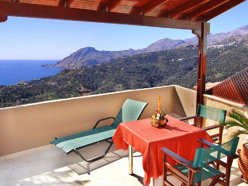 Die geräumigen Balkon & die Aussicht