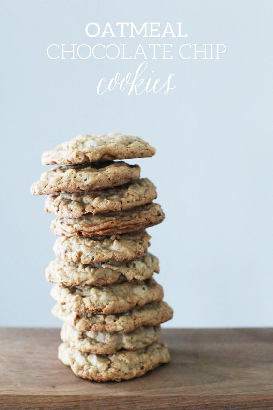 Oatmeal Chocolate Chip Cookies by @cydconverse