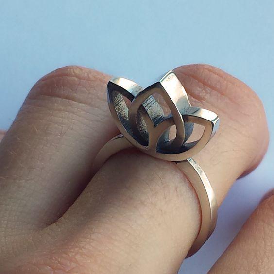 Big Lotus Ring