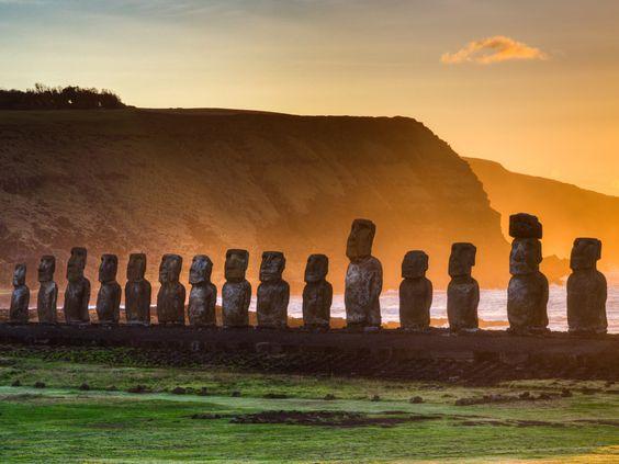Une visite aux statues de l'île de Pâques