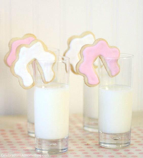 shortbread cookie recipe and cookie cutter