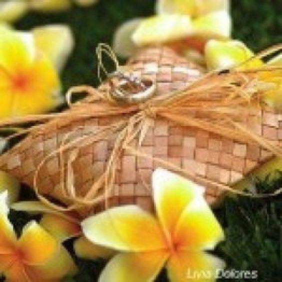 Ideas para decorar cestas de arras y anillos  Preparar tu boda es