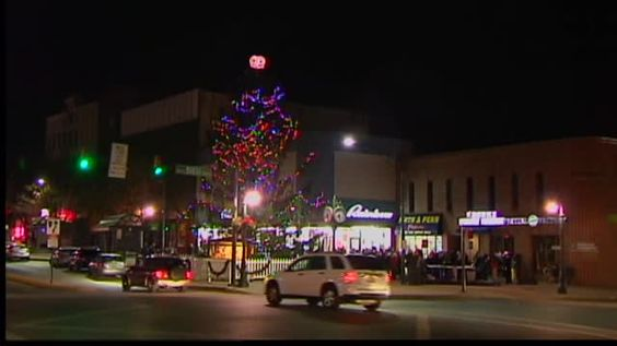 After complaints by angry Reading residents, officals confirm that the city's Christmas tree will come down.