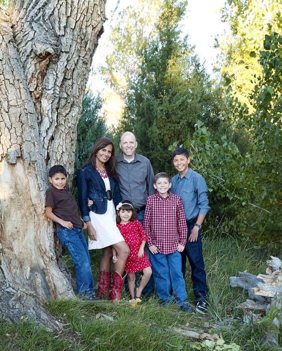 صور عن العائلة رمزيات وخلفيات Family Photo ميكساتك Home Decor Decals Home Decor Photo