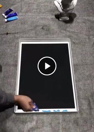 Esse cara é um verdadeiro artista plástico, que obra de arte!