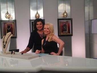 Connie and Debbie before the show. @debbiefarah  @hsn
