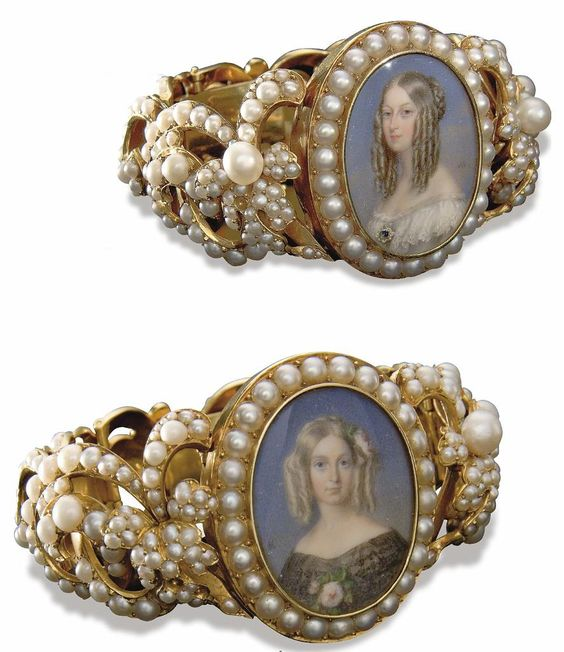 Bracelets with miniature portraits of the Duchesses de Nemours and d'Aumale, 1840 and 1846, respectively: