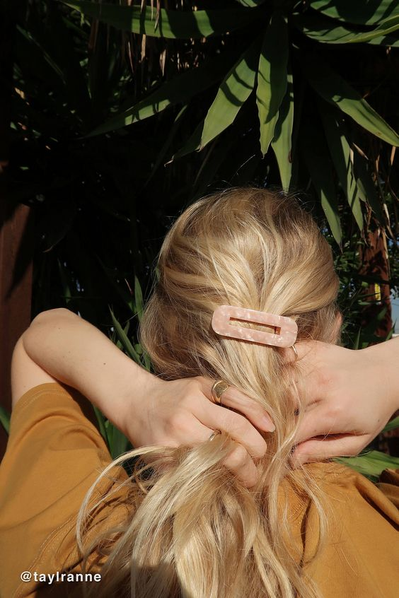 8 Other Reasons Spice Square Hair Clip | Urban Outfitters