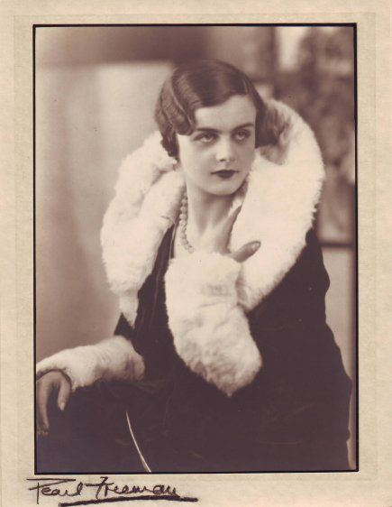 Clare Hollingworth, likely at her 21st birthday, in 1932.