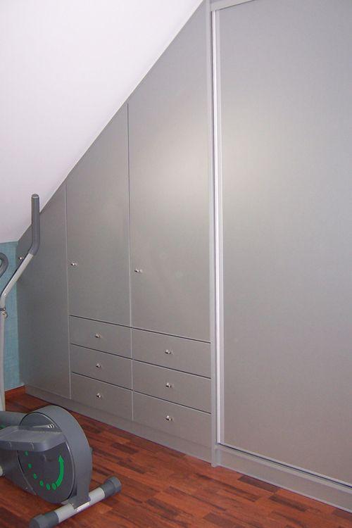 placard sous pente placard chambre sous comble pinterest. Black Bedroom Furniture Sets. Home Design Ideas