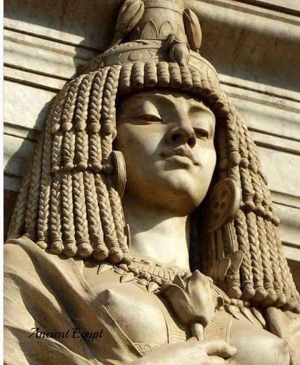 Detail of Cleopatra statue, Egyptian museum.