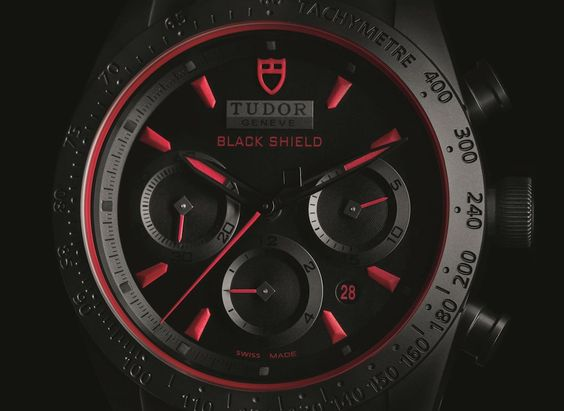 Montre homme Tudor Fastrider Black Shield chronograph rouge Cadran face- verygoodlord