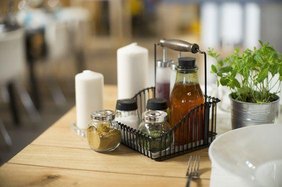 FINTORP draadmand   #IKEA #IKEAnl #rek #bakje #tafel #tafelstyling #aanrecht